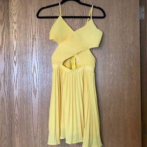 Yellow dress-brand new